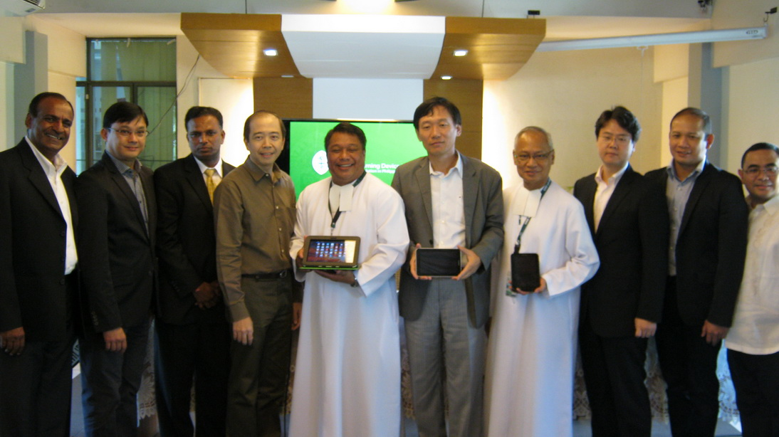 Here is a photo of the two Lasallian brothers heading the project with Mr. KC Park, CEO and President of SEPCO, with representatives from partner companies also involved with the PEARL project.