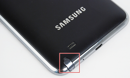 The Samsung Galaxy Note has a textured back that feels similar to the Samsung Galaxy S II. The S-Pen slot houses the pen securely in place and it takes some effort to pull out. On a positive note, this will minimize the chances of the S Pen slipping out.