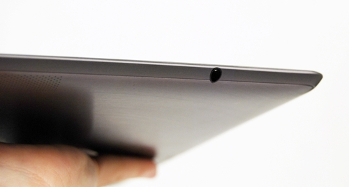 The 3.5mm audio output jack is situated on the right side of the ASUS Eee pad Transformer Prime.