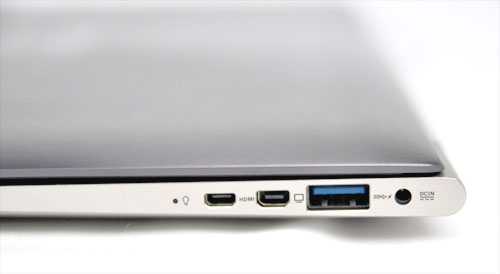 The UX31 features a USB 3.0 port, micro-HDMI and mini-DVI ports on the right side of the machine.