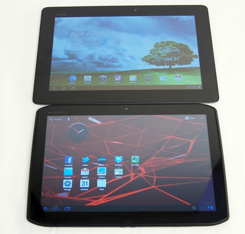 Although the Motorola Xoom 2 is a decent upgrade from the first Xoom, we are afraid that it is not able to take on the quad-core tablet devices from other brands such as the ASUS Eee Pad Transformer Prime (top), nor the current leading dual-core tablets.