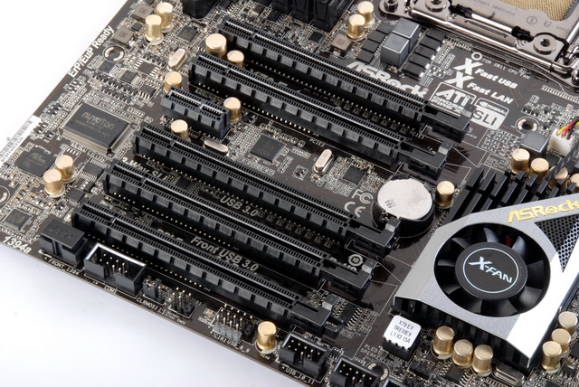 The X79 Extreme9 is one of the X79-based motherboards that have the most number of PCIe 3.0 x16 slots. The last PCIe x16 slot works only in x8 mode.