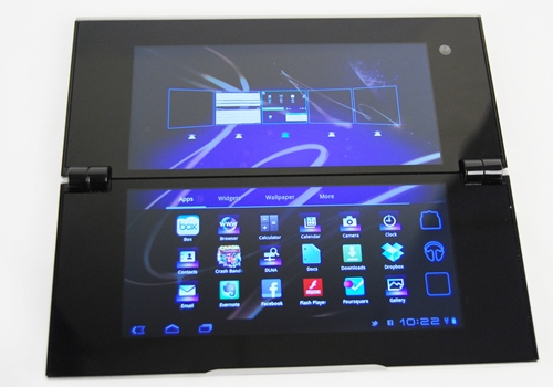 Some of the native apps are redesigned to fit the dual screen concept of the Sony Tablet P although you have to get used to moving apps or shortcuts across two screens. Having say that, actions like these flow smoothly between the two screens.
