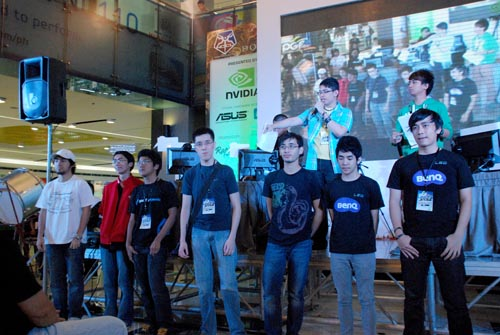 Professional gamers and collegiate teams were introduced before the competition officially went underway.