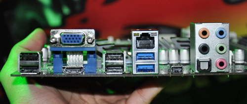 The Thunderbolt port of the Z77H2-A5X is situated between the USB 3.0 ports and audio connectors.