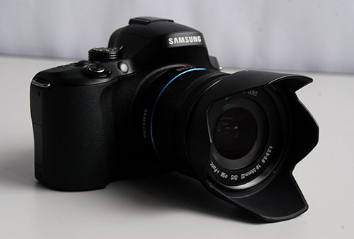 Power that goes beyond its relatively small frame makes the NX20 a serious choice as a secondary camera for a DSLR user.