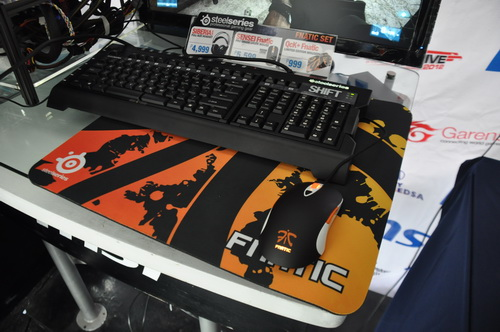SteelSeries Shift Keyboard and SteelSeries Qck Fnatic Mousepad