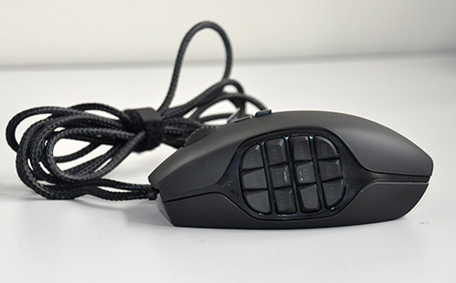 Last but not the least, the set of side keys is what makes this an MMO gaming mouse. We see 12 all-programmable keys on its side.