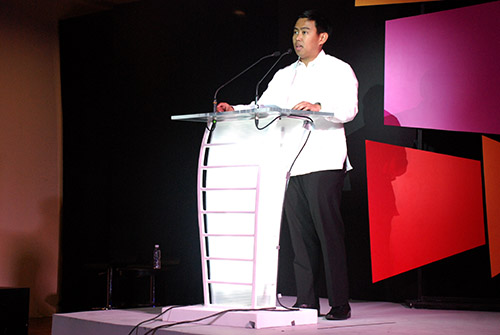 Makati City Mayor JunJun Binay discussed the implementation of Windows 8 in the city of Makati and the significance of technological progression during his closing remarks.