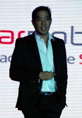 Rudolph Santos, Starmobile's Sales Director