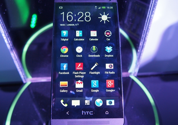 The new HTC Sense 5 can be described in three words: cleaner, more refreshing and more toned down.