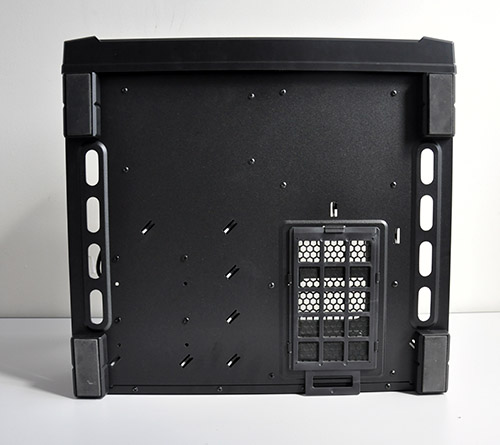 A removable and washable fan filter can be found underneath the case. The screws for the HDD cage can also be found here.