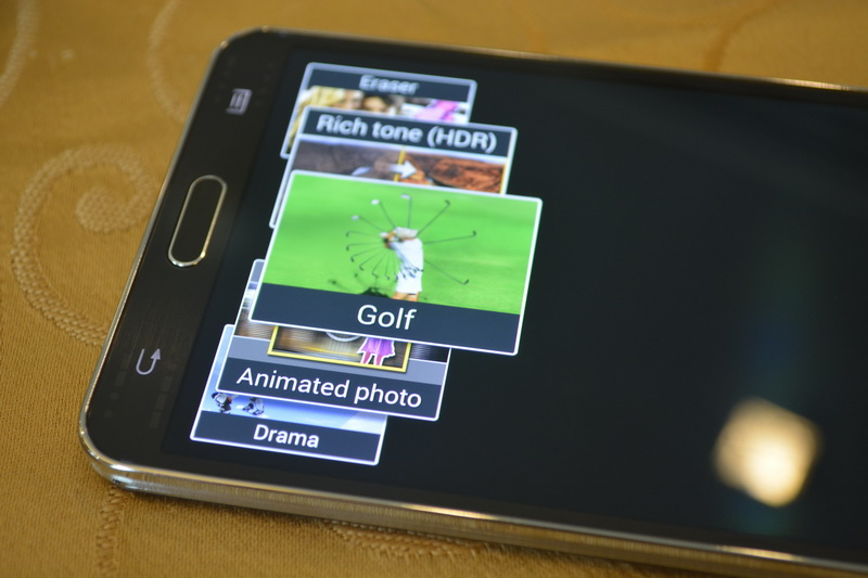 The user interface of Galaxy Note 3's camera offers several modes.