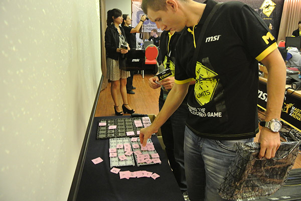 Ukraine's Tolsty picking his processors and motherboard.