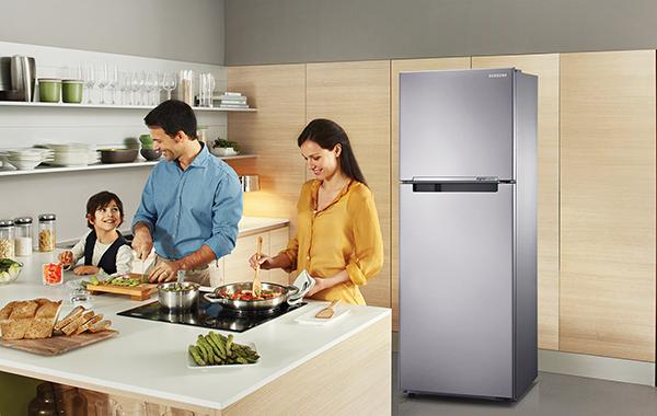Samsung RT20FARVDSA Refrigerator