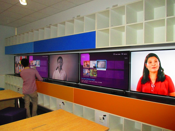 Samsung displays are installed inside the SMART Classroom to facilitate learning.