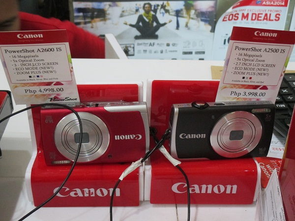 Spotted at the nearby Camerahaus booth are the PowerShot A2600 IS and the PowerShot A2500 IS, retailing for PhP 4,998 and PhP 3,998 respectively.