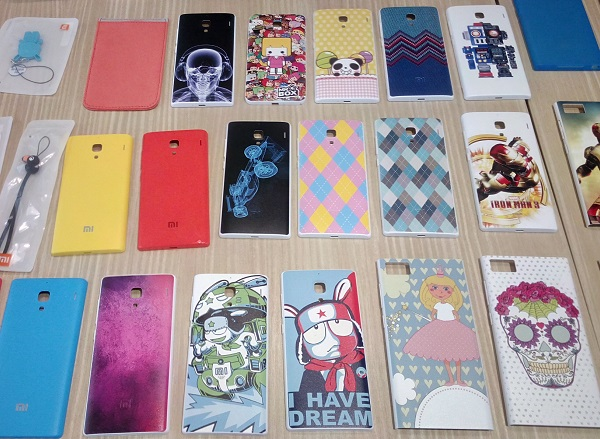 Mi handsets are not only customizable in terms of software, but also physically. Users of Mi smartphones, particularly those that come with a removable back cover, may get any of these customized back covers.