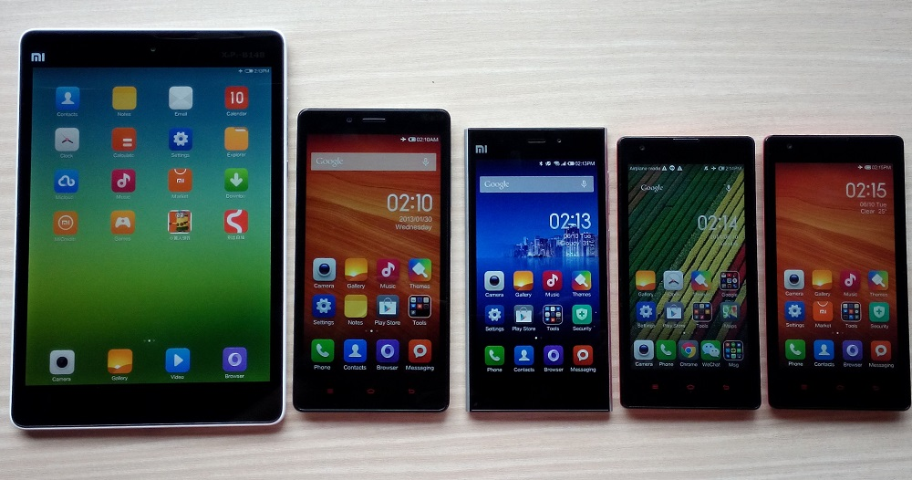 From left to right: The Mi Pad, Redmi Note, Mi 3, Redmi, and the Hongmi. The Mi 3 is the flagship device of Mi, which is recognized as one of the fastest Android devices in the world based on the AnTuTu Benchmark ranking.