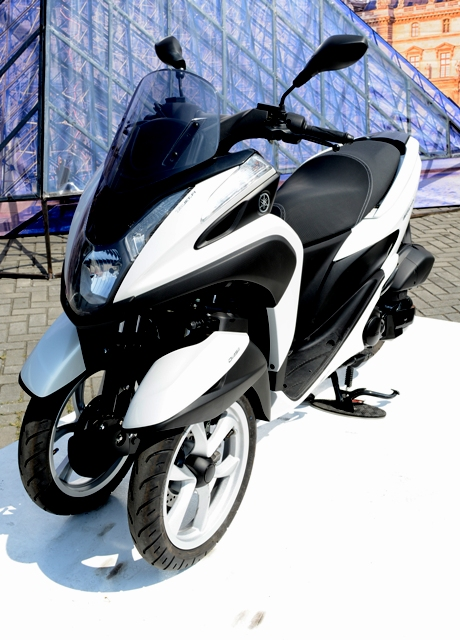 Yamaha leans to a new trend with its first multi-wheeled