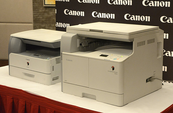 The Canon imageRUNNER 1024 (left) and imageRUNNER 2002 (right)