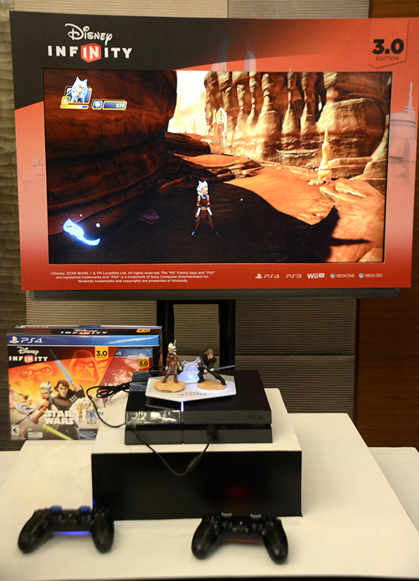Disney Infinity 3.0 hooked up to a PlayStation 4