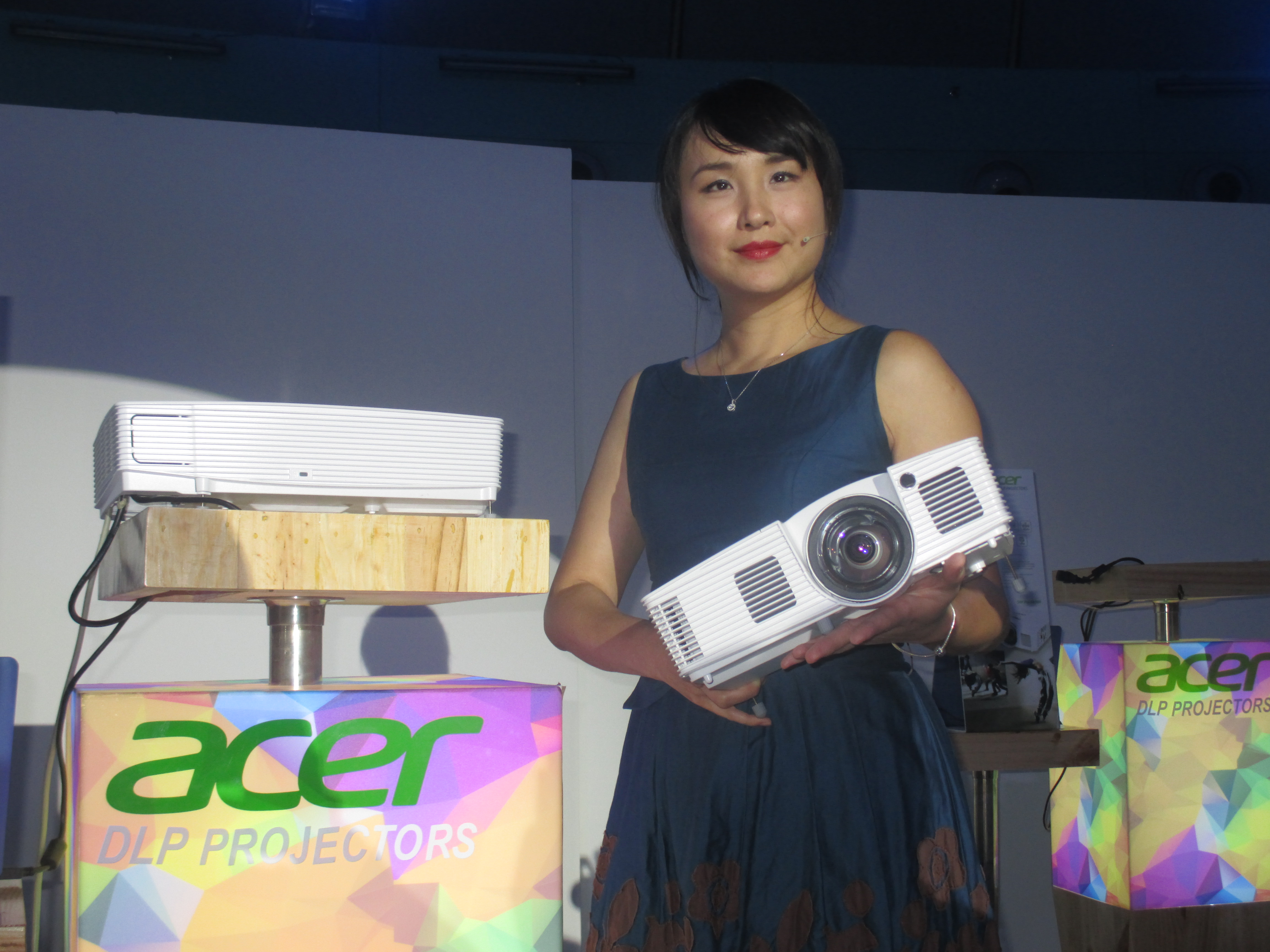 Business Manager for Projectors of Acer's Digital Display Business Unit Faith Kuo.