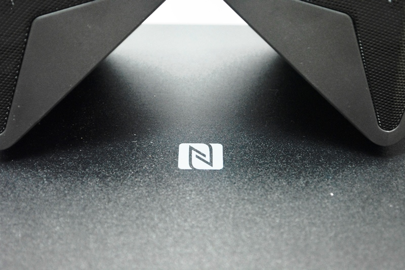 The F&D F550X also has NFC connectivity enabled.