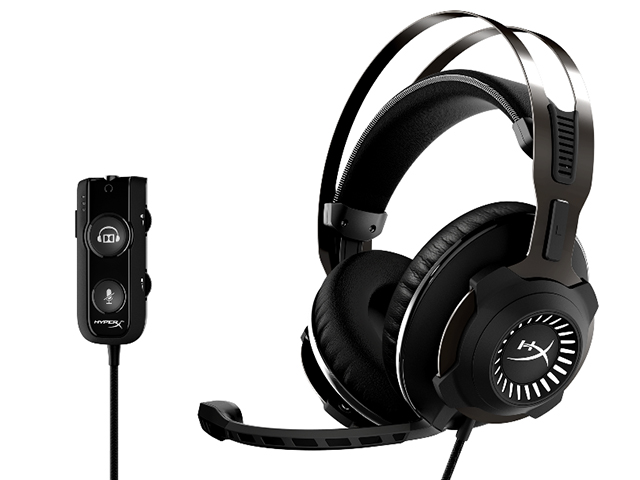 The HyperX Cloud Revolver S with USB dongle of Dolby Surround Sound