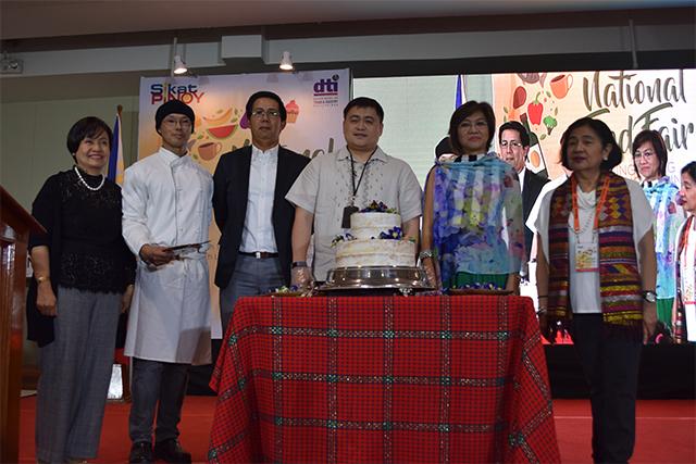 DTI Executives at the 2017 Sikat Pinoy National Food Fair kick-off ceremony.