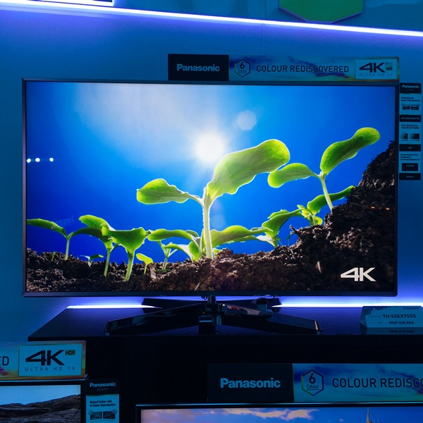 panasonic, 4k uhd, full hd, fhd, ez1000, th-65ez1000, hexa chroma drive, television, tv, oled, hdr, panel, ips, ex750, th-65ex750s, th-50ex750s, ex600, th-55ex600x, th-49ex600x, es630, th-49es630x, th-43es630x, es500, th-40es500x, th-32es500x, es410, es300, th-43e410x, th-32e410x, th-32e300x