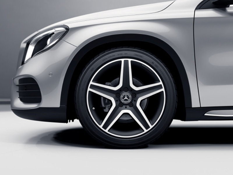 mercedes-benz, mercedes-benz gla, compact suv, automotive, car, vehicle, luxury, horsepower, torque
